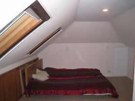 Double bedroom for single person in Chessington