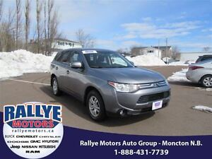 2014 Mitsubishi Outlander SE! AWD! Heated! Alloy! ONLY 37K!