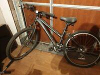 Specialised hybrid commuting bike