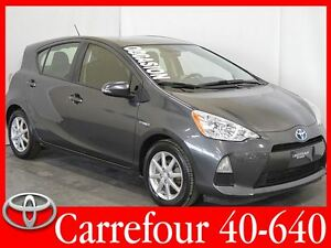 2013 Toyota Prius c Technology Navigation+Bluetooth+Mags
