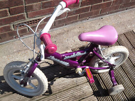 Girls bike with stabilisers, age 3-5