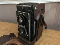Zeiss Ikoflex II Camera w/ Case