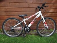 Apollo Tokko bike suit age 9 to 12 years 18 gears 24 inch wheels 12.5 inch frame excellent condition