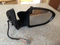 REDUCED Nissan qashqai drivers side wing mirror.