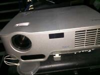 NEC NP60 Projector - 3000 lumens - plus remote control