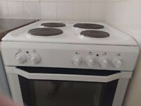 Indesit electric cooker a few months old