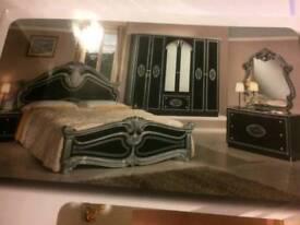 Italian line (Full Bedroom furnishing sets)