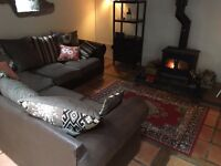 Corner Sofa - Scatter Back - Great Condition