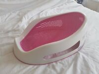 Angelcare bath seat in pink - in good used condition
