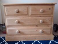 Small chest of drawers £45