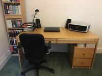 Large desk - great for office, student or home environment