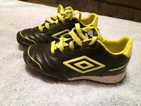 ## Umbro size 10 toddler shoes ##