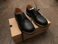 Dr martens shoes new size 11 uk