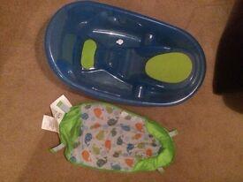 Baby Bath with newborn insert