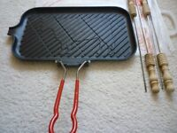 LE CREUSET CAST IRON GRILL GRIDDLE ..CAMPING ..BARBECUE..SKEWERS
