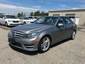 2013 Mercedes-Benz C-Class 300/LEATHER/NAV/SUNROOF/HEATED SEATS