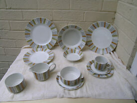 62 piece Midwinter Sienna dinning service,very little used