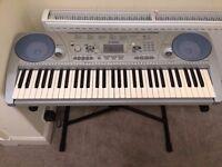 PSR-275 61-key touch response keyboard