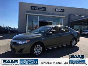 2012 Toyota Camry Hybrid LE ACCIDENT FREE RARE COLOUR  LOW KM's