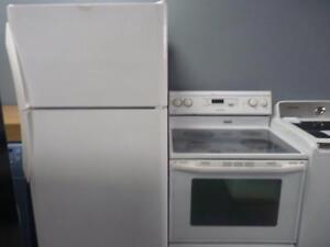 88 -  Frigo  FRIGIDAIRE   Fridge -  Cuisinière  MAYTAG Stove - Refrigérateur- Refrigerator + Cuisinière + Stove