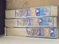 3 packets of laminate flooring