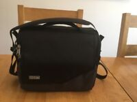 ThinkTank Mirrorless Mover 30i Camera Bag Black/Charcoal
