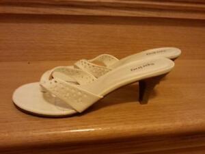 Ladies sandals and boots Cambridge Kitchener Area image 2
