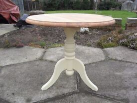 Shabby Chic Solid Pine Farmhouse Country Round Coffee Table In Farrow & Ball Cream No 67