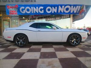 2015 Dodge Challenger SXT Plus / R/T