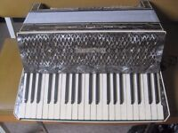 Hohner Verdi III vintage accordion
