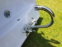 Pedestal sink, chrome tap & chrome waste