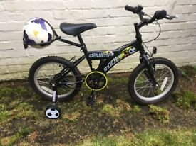 Boys bike age 4 to 9 with detachable stabalisers and football carrier in as new condition