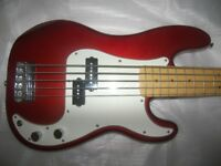 Fender Squier Vintage Modified Precision Bass 5 , P-Bass V / Candy Apple Red.