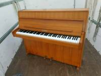 Piano upright - Shannon Lindner Ireland