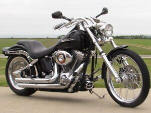 2006 Harley-Davidson FXST Softail   Over $5,000 in Options  ONLY