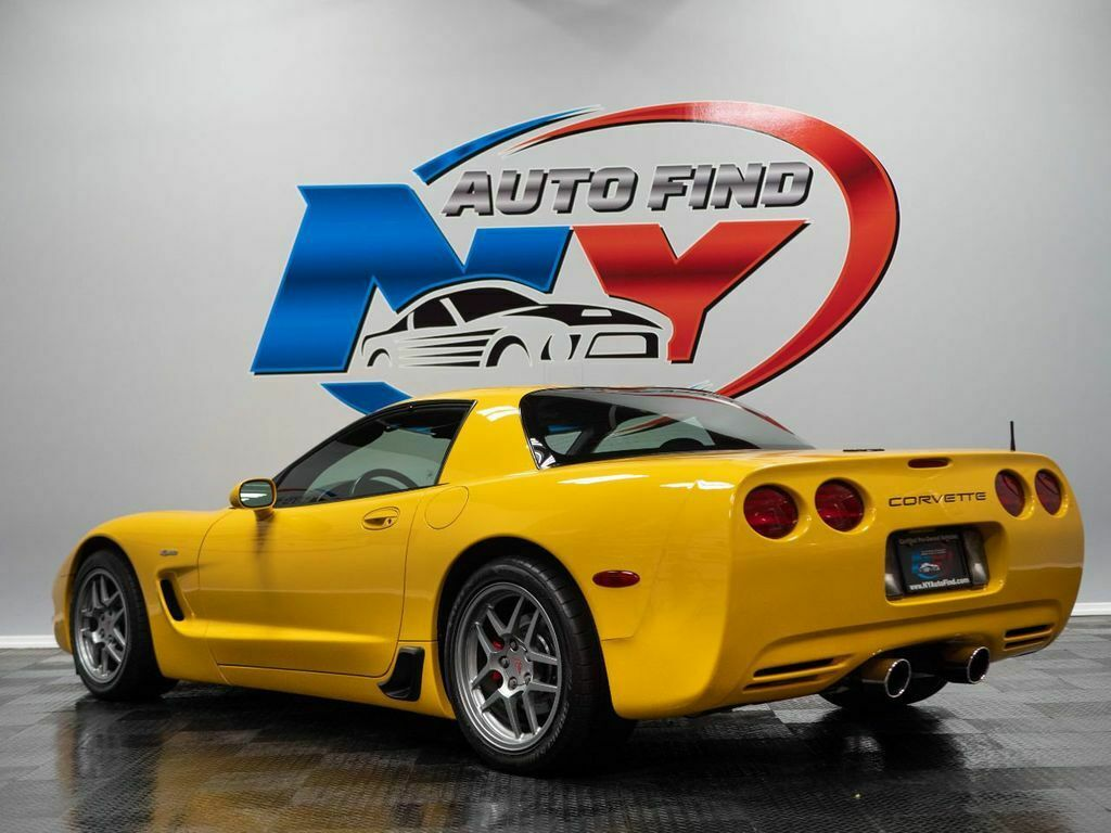 2001 Yellow Chevrolet Corvette Z06    C5 Corvette Photo 4