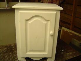 bedside cabinet/ small cupboard