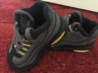 Nike trainers in excellent condition (size3)
