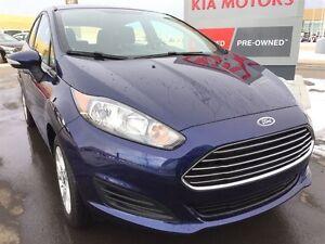 2016 Ford Fiesta SE LOW KILOMETERS