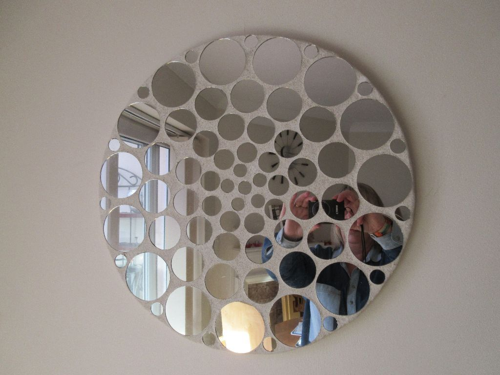 Gorgeous Funky Round Mirror Little Mirrors All Over From Evolution Very Good Condition
