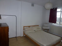 2 bedroom flat w/ separate reception available in Limehouse/Stepney, E1 area.