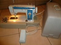 Solid Metal Body New Home model 531 zig zag Sewing machine