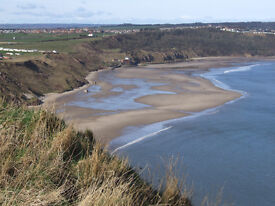 Holiday home - Cayton Bay - 3/4 & 7 nights - 2 & 3 bedrooms, Rates include passes
