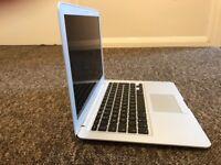 """Macbook Air 2012 13"""" 2GB ram"""