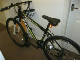 3 yr old bike from Halfords for sale (comes with helmet, pump and chain lock)
