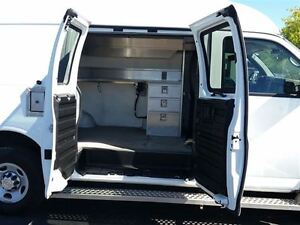 2010 Chevrolet Express 3500 CARGO VAN-MOBILE OFFICE-SPLICING VAN Belleville Belleville Area image 12