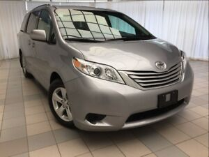 2017 Toyota Sienna LE: 8 Passenger, No Accidents!