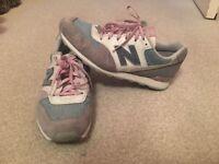Ladies trainers NEW BALANCE size 7