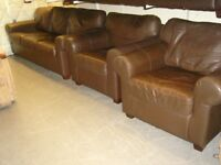 3 Piece Suite in Brown Leather/Faux Leather. 3 Seater Sofa Settee and 2 Armchairs
