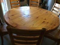 Luxury Oak round table with six chairs